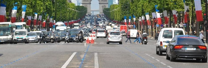 Voitures à Paris: les vieux diesel interdits dès 2019[liste, amendes]