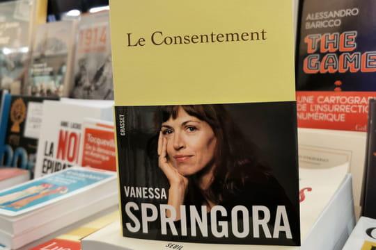 Vanessa Springora: sa première expérience sexuelle avec Gabriel Matzneff racontée dans son livre