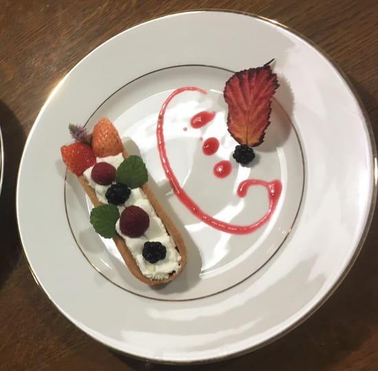 Dessert : La Table du Colombier  - Tarte framboise revisitée -   © Copyright