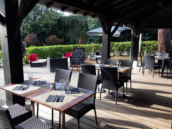 Restaurant : Le Play Off  - Terrasse proche des grains -   © Le Play Off