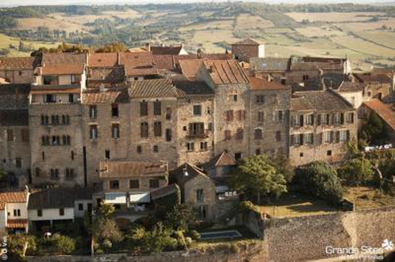 Pourquoi Cordes-sur-Ciel a été choisi Village préféré desFrançais?