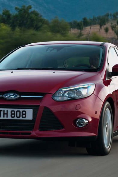 ford focus 1 5 tdci 105 ch econetic technology. Black Bedroom Furniture Sets. Home Design Ideas