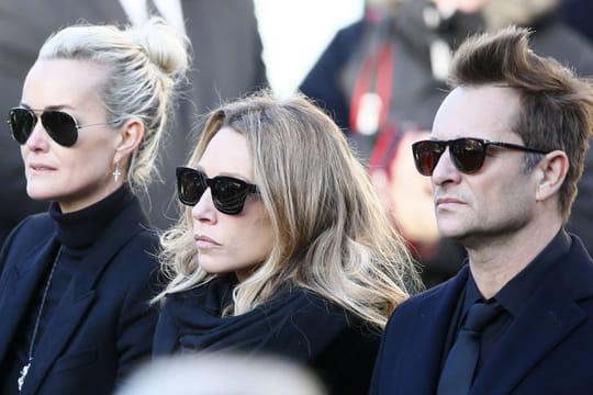 Johnny Hallyday: Laeticia sifflée, les images de la cérémonie d'hommage