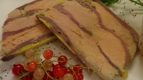 La Petite Auberge  - mille feuille de foie gras et magret fumé maison -