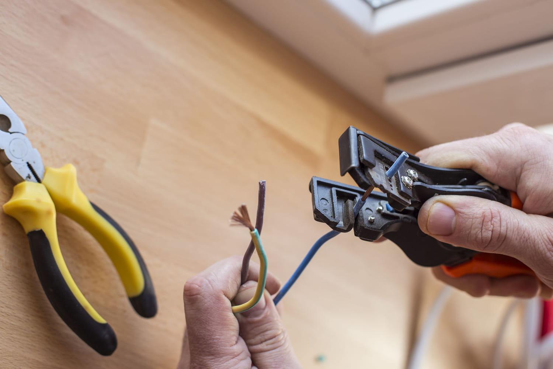 Réparer un câble électrique facilement