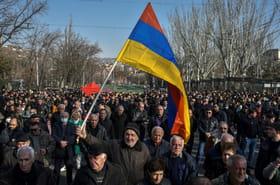 Crise en Arménie: le Premier ministre se dit prêt à des élections anticipées