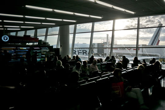 New York : l'aéroport JFK totalement inondé à cause du froid [VIDEO]