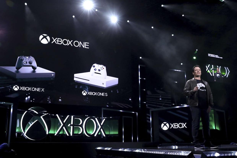 xbox one x jeux prix duel avec la ps4 date de sortie les infos. Black Bedroom Furniture Sets. Home Design Ideas