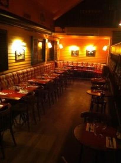 Le New Village  - espace restaurant -   © arthein