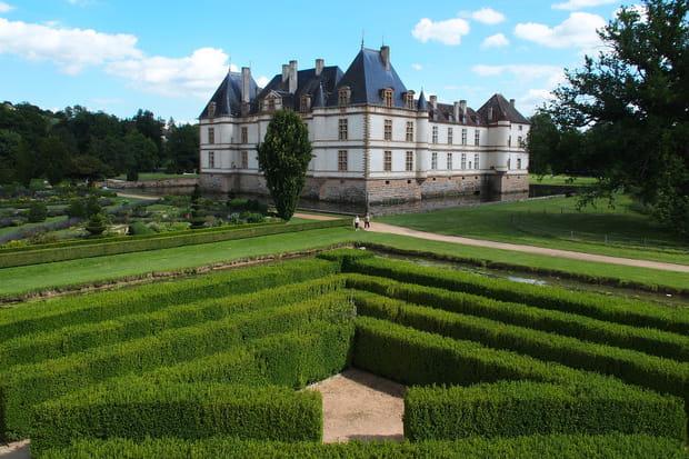Le romantisme des jardins du Château de Cromatin