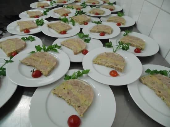 La Petite Auberge  - marbret de jarret de porc et foie gras en traiteur -