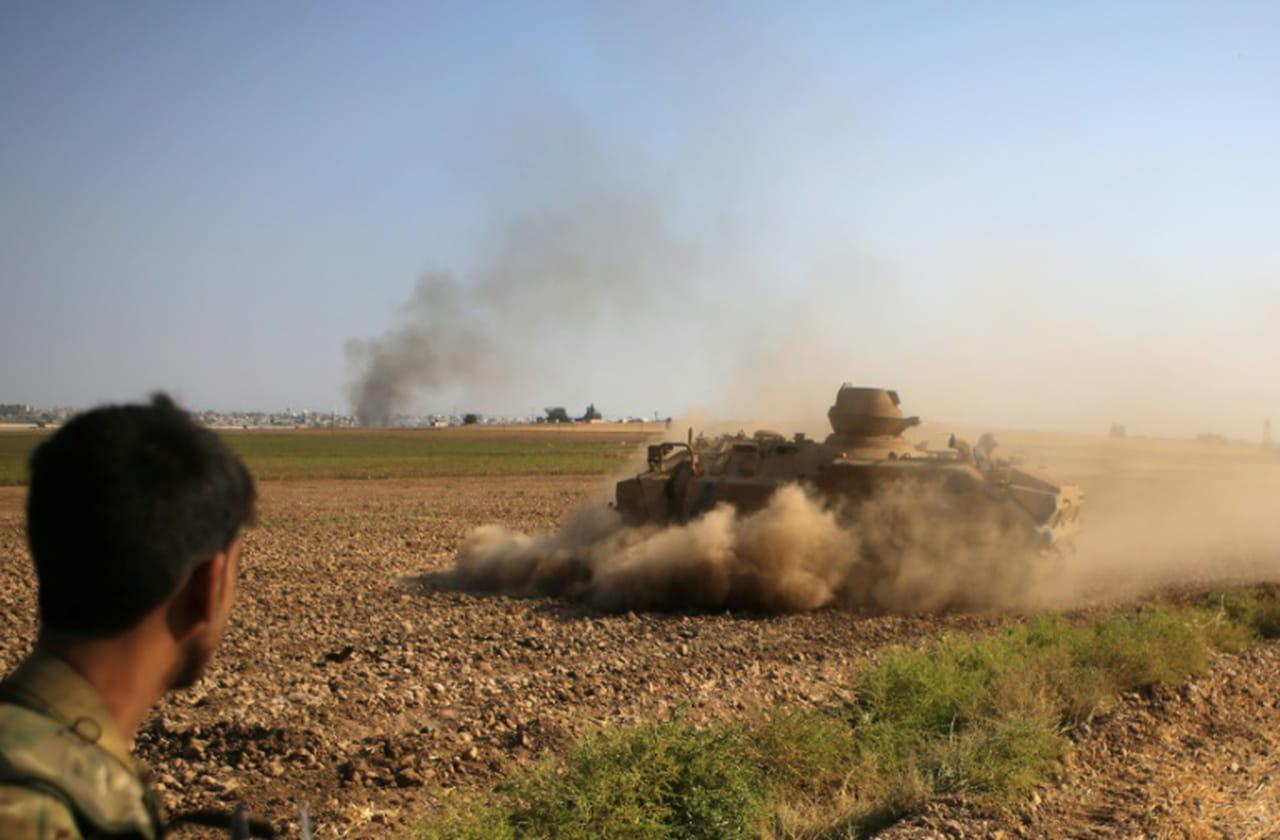 Syrie: fuite de 800proches de l'EI en plein assaut turc selon les Kurdes