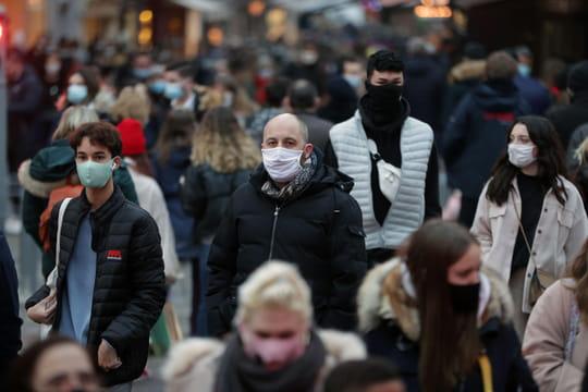 DIRECT. Coronavirus: derniers chiffres inquiétants, restrictions prolongées... L'actu du jour