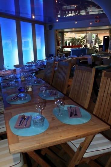 G Restaurant, Café & Salon de Thé  - Mobilier moderne -   © Anaïs Navarro