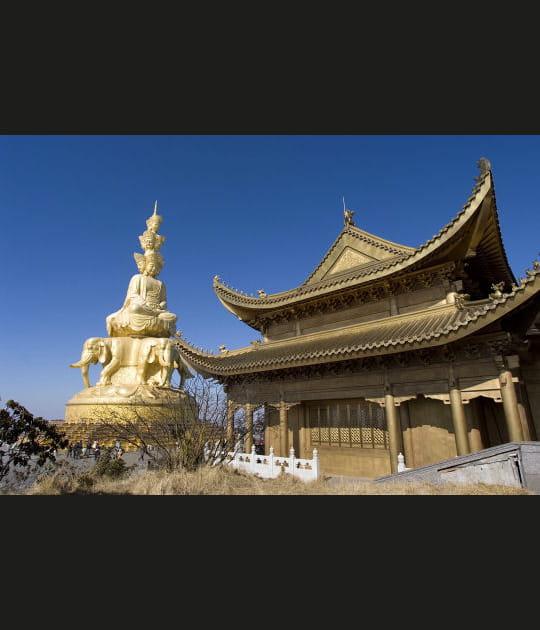 Le mont Emei, lumière de Bouddha
