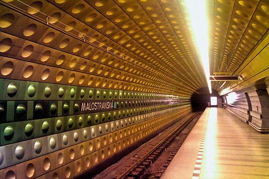 Station Malostranska, métro de Prague