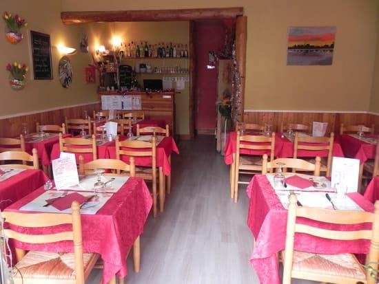 Le Caquelon  - salle du restaurant -   © christine