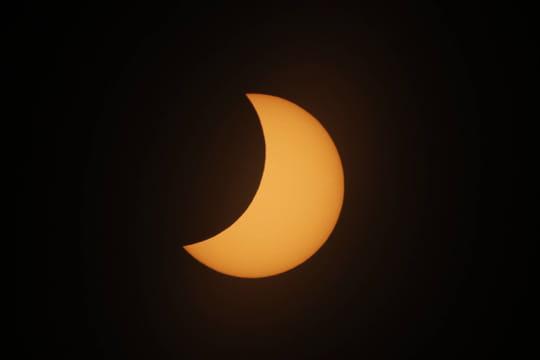 Eclipse solaire totale2021: à quand la prochaine? Les photos de la dernière