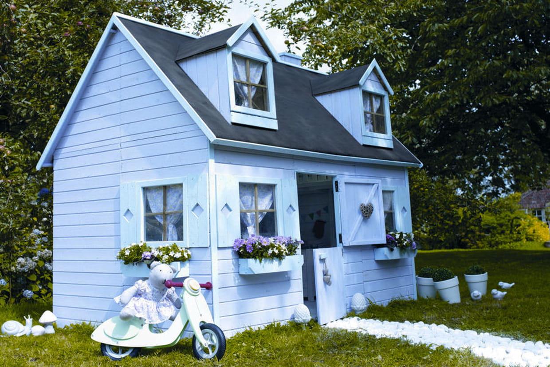 Une cabane romantique for Maison de jardin pour enfants