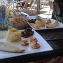 Snack-crêperie de la Plage  - St Jacques et filet de loup -   © taillade p