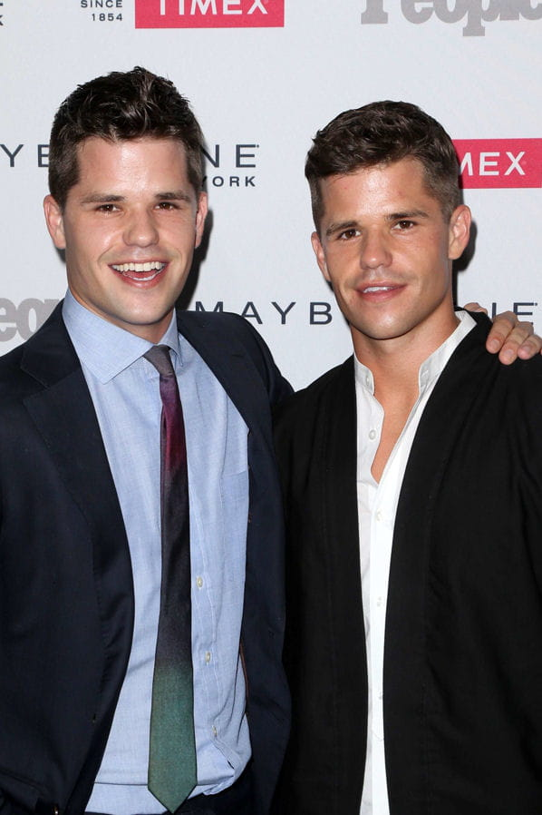 charlie et max carver alias porter et preston scavo. Black Bedroom Furniture Sets. Home Design Ideas