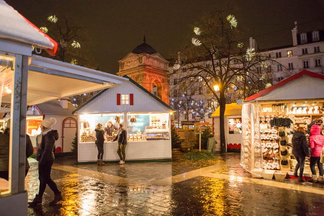 marché de noel champs elysées 2018 avis Marché de Noël : le programme à Paris, Marseille, Lyon, Lille  marché de noel champs elysées 2018 avis