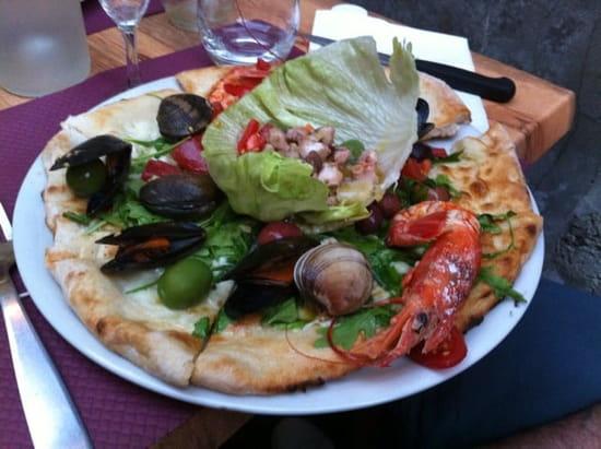 Restaurant : Pizzeria Masaniello  - Pizza Del pescatore  -