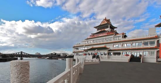 Huatian Chinagora  - Restaurant depuis esplanade -
