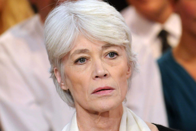 Françoise Hardy: succès, carrière, maladie... Biographie de la chanteuse yéyé