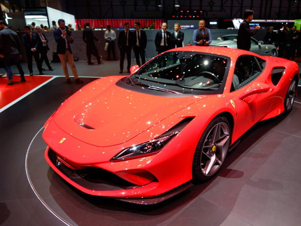 Les photos de la Ferrari F8 Tributo