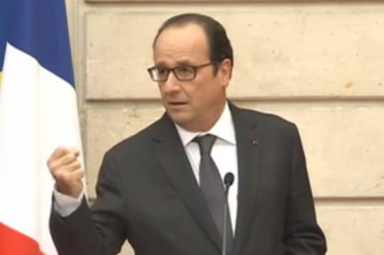 François Hollande: sacravate lui inspire encore unbon mot [VIDÉO]