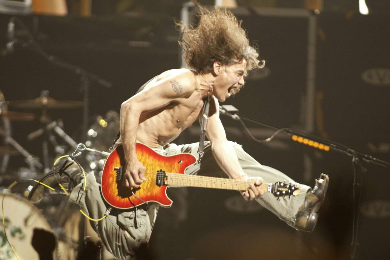 Mort de Van Halen: succès, excès, maladie... Retour sur la vie d'un guitariste de légende