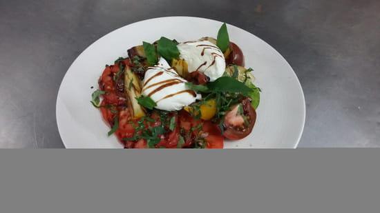 La Passerelle  - Tomates Anciennes et Mozzarelle Di Buffala -   © LP