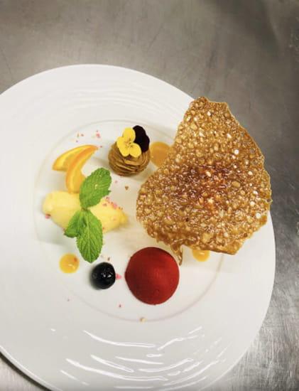 Entrée : Restaurant MC   © Dessert