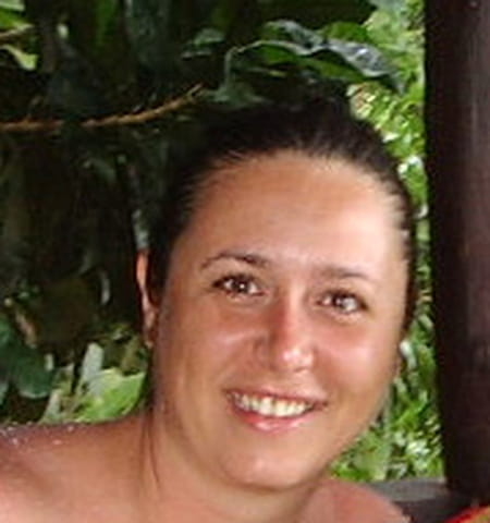 Emmanuelle Zaree