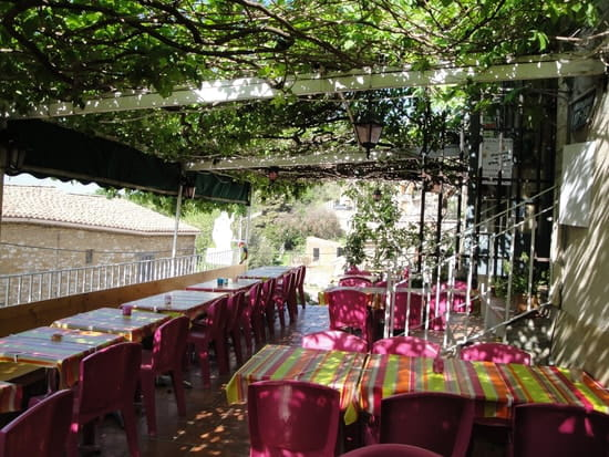 Auberge d'Aigaliers  - terrasse -