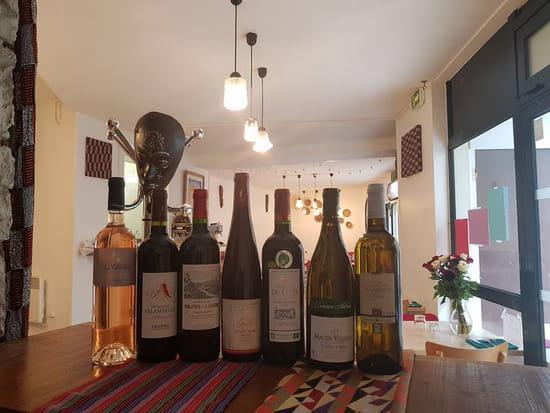 Boisson : La Table de la Ressourcerie Créative  - Nos vins bios -   © Boisson