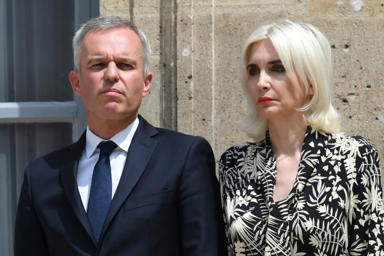 """Dédouané par des enquêtes, Rugy s'estime """"blanchi"""""""