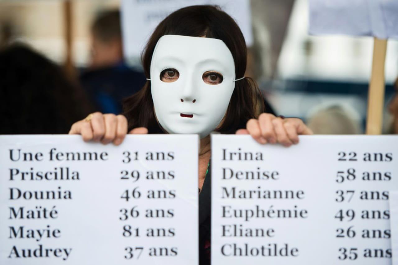Au moins 122féminicides en France en 2019, en hausse par rapport au chiffre officiel de 2018, selon un décompte AFP