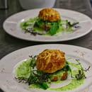 Entrée : Bouchons & Resto  - Gougères d'escargots à la crème d'ail -   © Bouchons&Resto