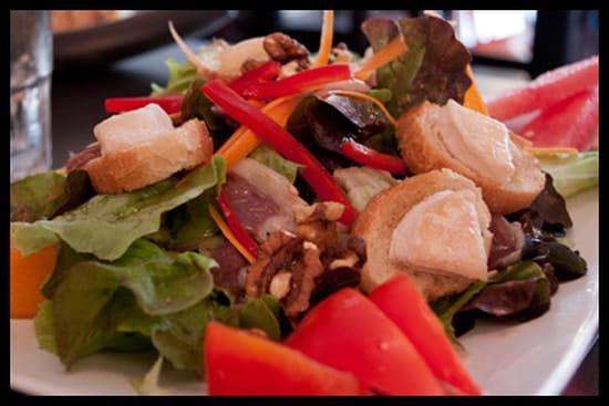 Au Vice Versa  - Salade cévenole -