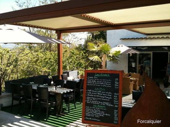 Le 9 Restaurant  - La terrasse avec pergola BioClimatique  -   © Jérôme Payan