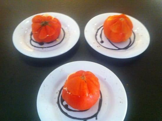 Le P'tit Poids  - Oeuf mimosa en coque de tomate -
