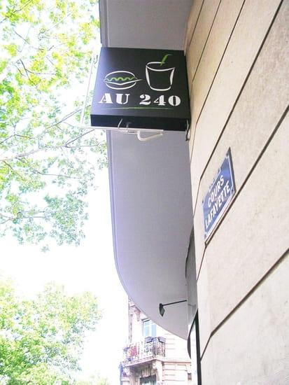 Au 240  - Au 240 -   © Au 240