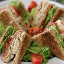 Plat : Café-Galerie Dubail  - Les club sandwiches -   © Café Galerie Dubail