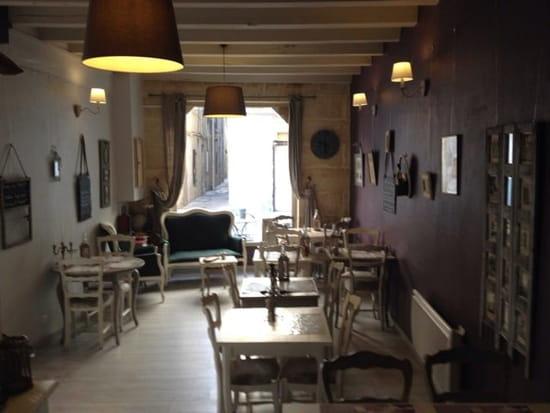 Restaurant : La Petite Fadette  - intérieur du salon  -