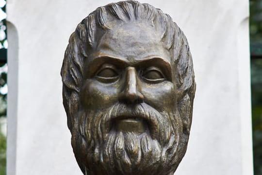 Euripide: biographie courte de l'auteur de Médée et Hippolyte