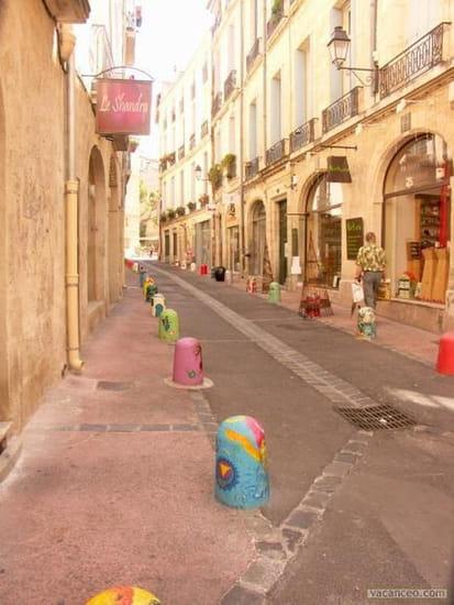Le Comptoir  - Rue des Soeurs Noires -   © libre