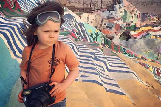 Hawkeye Huey, photographe-voyageur à seulement... 4 ans!