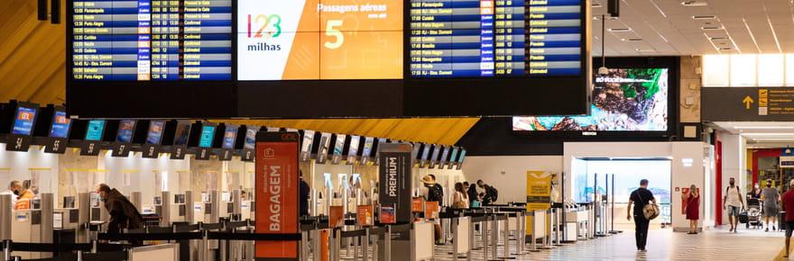 Frontières et Covid: suspension des vols entre le Brésil et la France jusqu'au 19avril